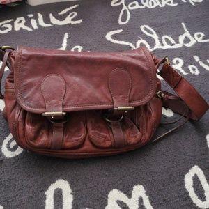 Limited edition Banana republic leather saddle bag